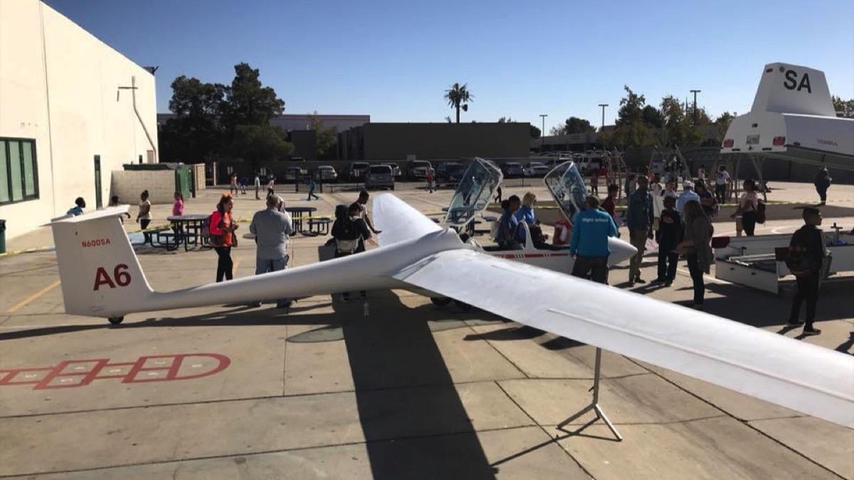 iLEAD Lancaster Glider