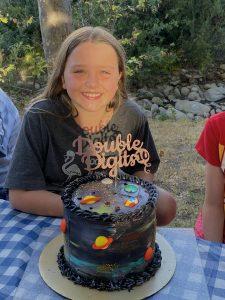 Michele Mountain Team Carrot space birthday cake